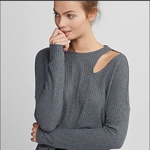 Express Cut Out Long Sleeve Thermal- Gray, Small